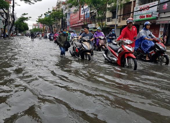 Lut Saigon 3.jpg