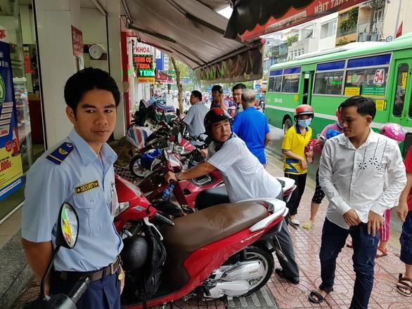 Lut Saigon 4.jpg